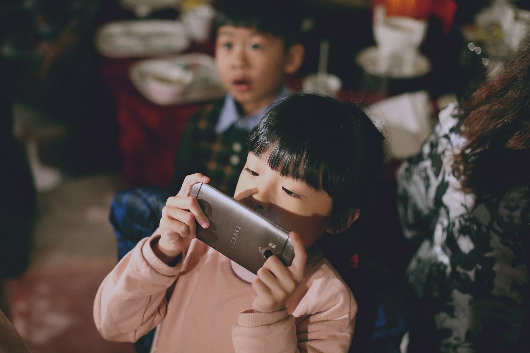 底片婚攝,婚禮攝影,電影風格,台北婚攝推薦,婚攝,婚禮紀錄,底片風格,台北,小孩,手機拍照