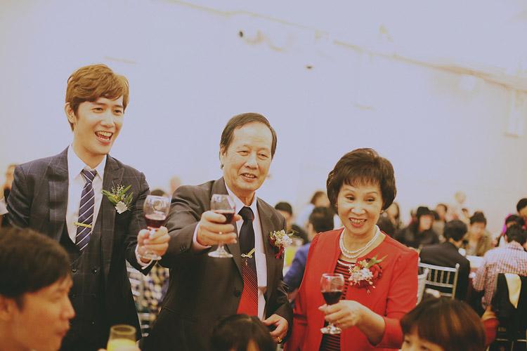 底片婚攝,婚禮攝影,婚禮攝影師推薦,台北婚攝,台北婚攝推薦,婚禮紀錄,晶宴會館,電影風格