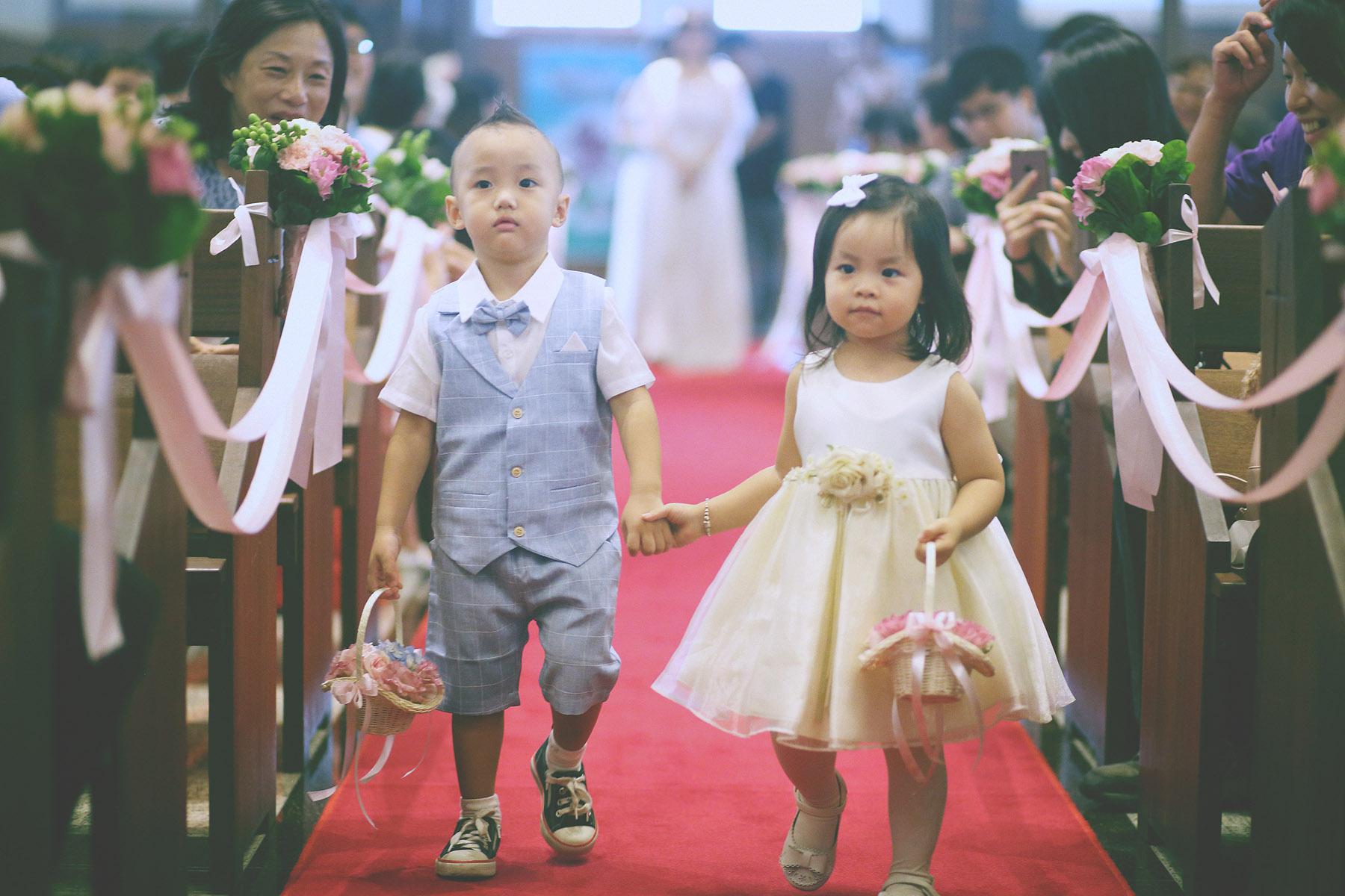 婚禮籌備,婚禮規劃,宴客活動,進場,底片婚攝,婚禮攝影師推薦,電影風格,婚攝,花僮進場