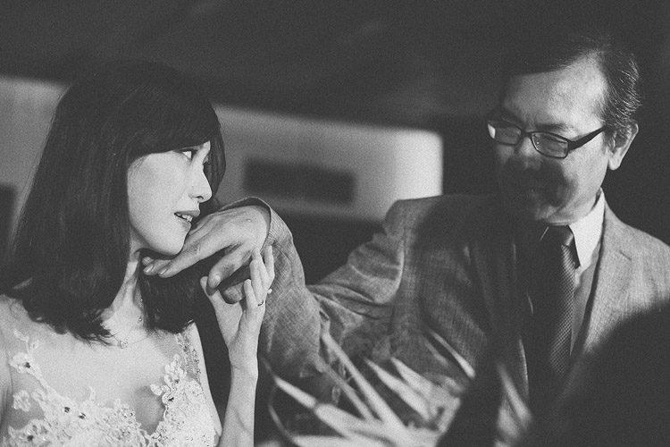 底片婚攝,婚禮攝影師推薦,台北,故宮晶華,電影風格,底片,婚禮攝影,婚禮紀錄,婚攝,黑白,進場交手
