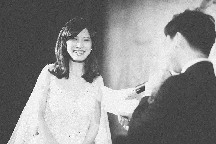 底片婚攝,婚禮攝影師推薦,台北,故宮晶華,電影風格,底片,婚禮攝影,婚禮紀錄,婚攝,黑白,交換誓詞