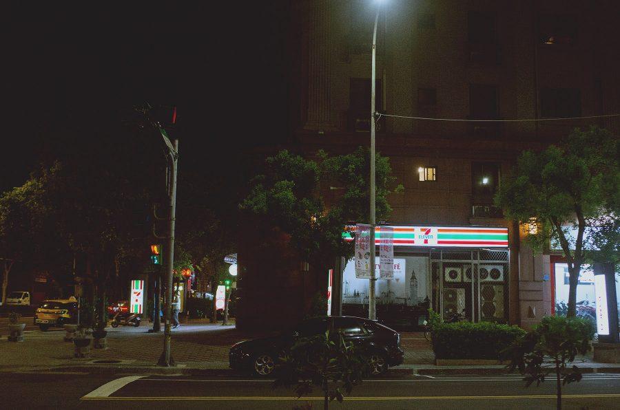 7-11,北大,城市夜晚,gr