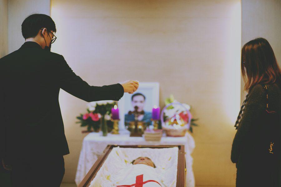 告別式,喪禮,天主教,殯葬彌撒,彌撒喪禮,悲傷,療癒